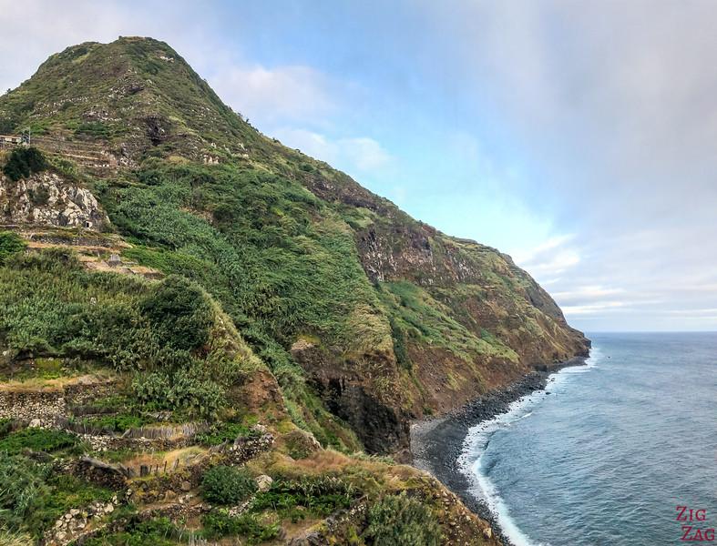 Miradouro do Cabo Calhau - Porto Moniz Strand
