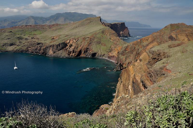 138 Baia d' Abra, Rock Formations, Ponta de Sao Lourenco