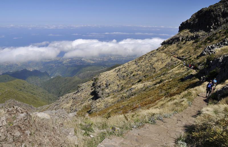165 Between Pico Ruivo and Achada do Teixeira