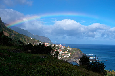 Seixal and rainbow/