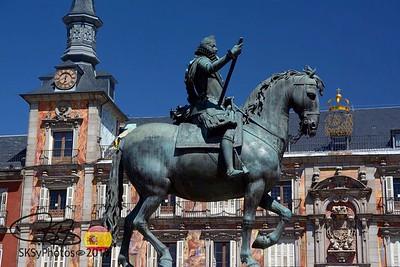 Felipe III is the featured rider in Plaza Mayor.