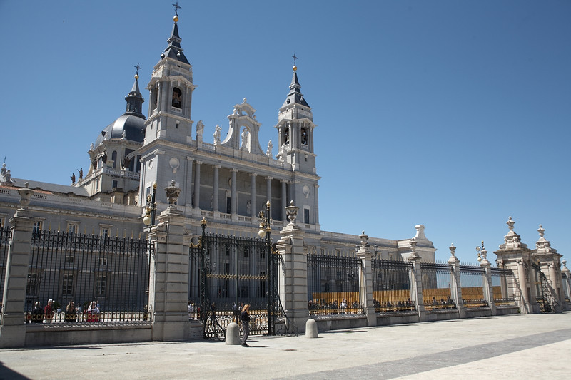 This is the Catedral de Nuestra Senora de la Almundena. It's just south of the Palacio Real. This photo is taken from inside the courtyard of the Palacio Real.