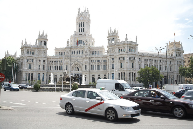 We passed the Palacio de Comunicaciones many times coming from the Banco de Espana metro stop, but we finally took a closer look about an hour before we had to catch the bus to the airport. This ornate building is actually the central post office of Madrid!