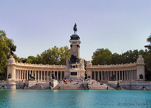 Alfonso XIII monument