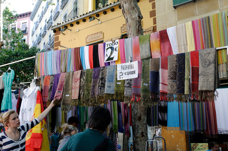 People in Madrid really like scarves