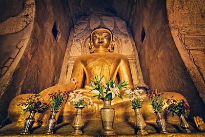 Ananda Buddha
