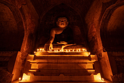 Myak Guni Candlelit Buddha