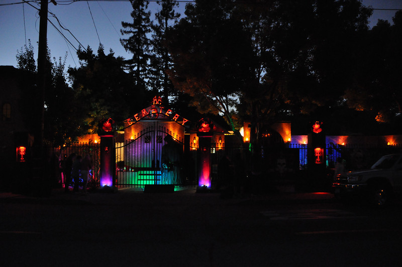 This is a walk-by haunt in Mountain View, CA.  It's the front yard of his house.