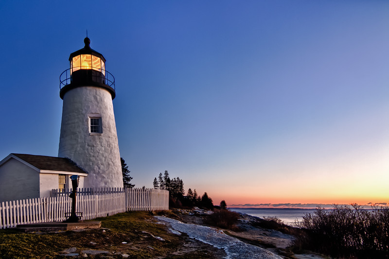 Dawn at Pemaquin Point Light