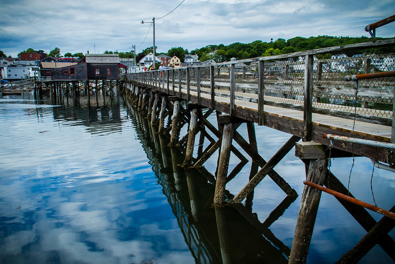 The footbridge in Boothbay Harbor connecting one side of the harbor to the other