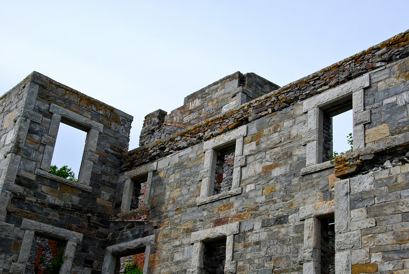 Goddard Mansion<br /> These ruins are in Fort Williams park, which is also home to the Portland Head Light. Built in ???, repurposed as barracks in WWI.