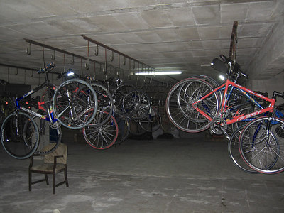 The Hotel bike shed - what - no mudguards?