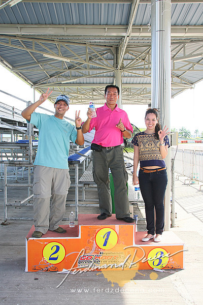 Standing 2nd on our little podium for our mini-race (Photo by Jojo Vitug)