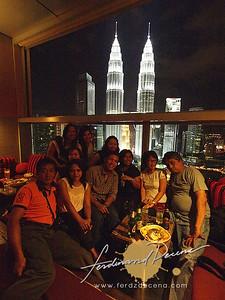 Sky Bar, Trader's Hotel
