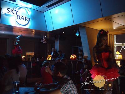 Sky Bar at Traders Hotel
