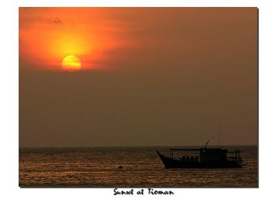 boat sunset1 0107_filtered+border