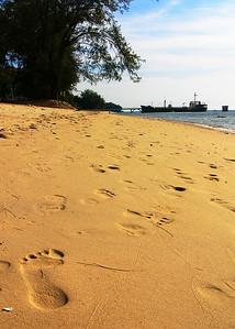 footprints 2 0397_r1