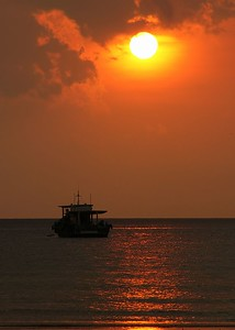sunset boat 0098_r1_filtered