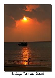 sun boat man 0096_filtered+border