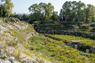 Next port, Syracuse, in Siciliy. Exploring trhe Roman amphitheater.