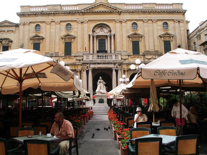 Republic Square; Valletta