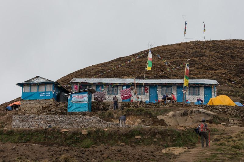 Tea house at Badal Danda