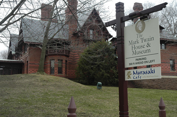 2011-04-11-MarkTwain's-Home-Hartford-CT