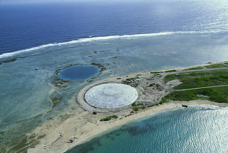 Runit Island 6bEnw%20Runit%20Dome%2092579-L