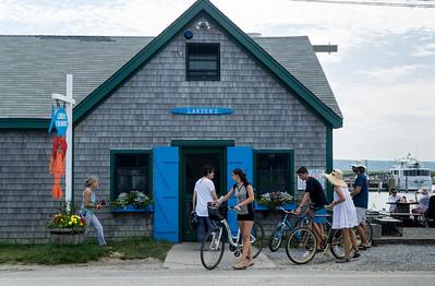 Larsens, the fish store at Menemsha beach.