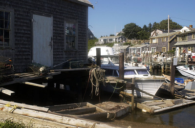 Martha's Vineyard Saturday, July 17, 2004.MENEMSHA ( Damon Dahlen / The Washington Times ) http://www.washingtontimes.com/ (Damon Dahlen/Washington Times)