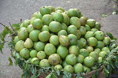11B Guavas