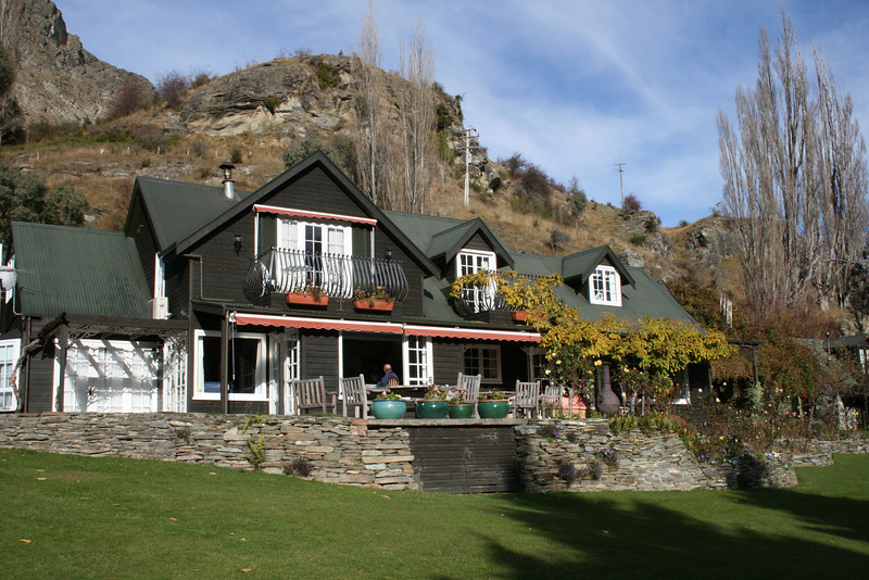 Another shot of our B&B in Queenstown.
