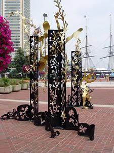 McKeldin Square Sculpture Park - Yin and Yang
