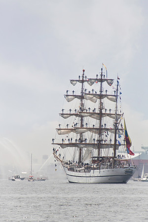 Baltimore Harbor, Colombia, Gloria, Maryland, Star Spangled Sailabration, Tall Ship, War of 1812 Anniversary