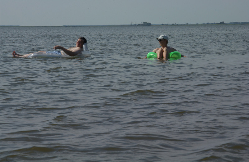 Rob & Chris & the good life (Wetipquin Bay of the Nanticoke)