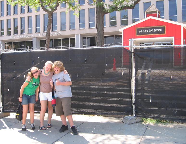 "3 poor kids who've been ""left behind""!- The U.S. Dept. of Education Building"