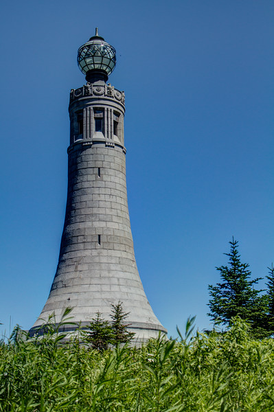 NorthAdams_Greylock_Light_01