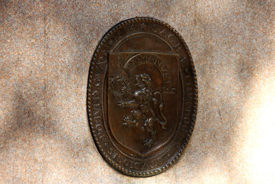 Plaque on Side of John Harvard Statue