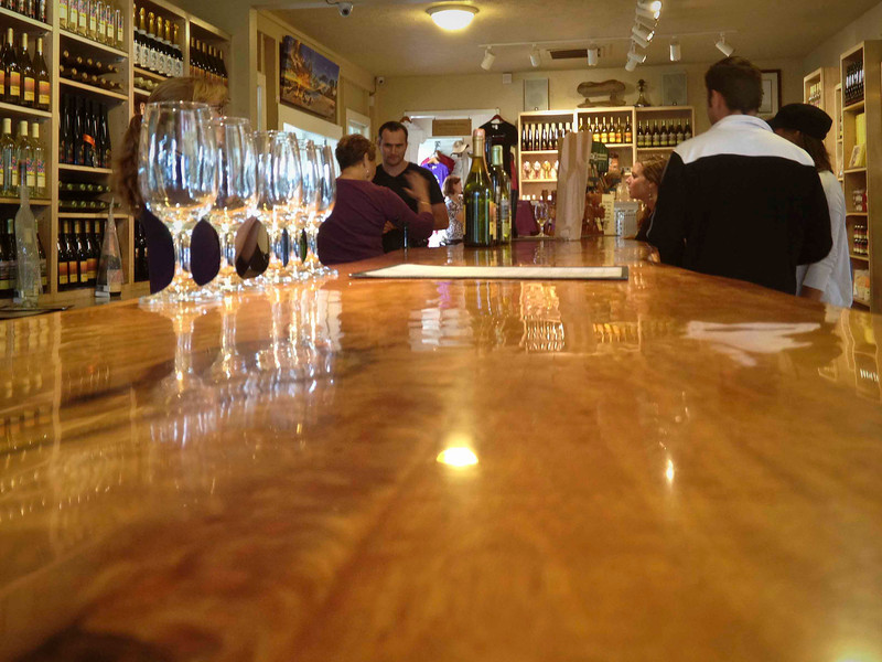 Bar at Tedeschi Winery in Upukalapua
