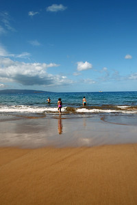 In the morning on Po'olenalena Beach, Maui.