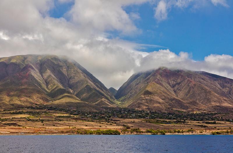 A view, from the sea, of the West Maui volcano (Mauna Kahalawai).