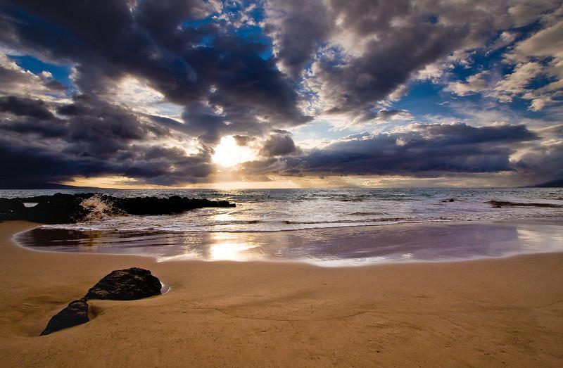 Sunset at Kamaole Beach Park.