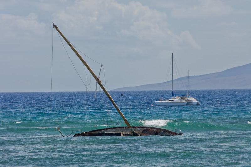 Sunken boat in Laha'ina