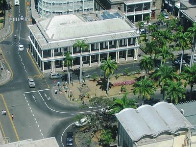 Port Louis } La Place d'Armes