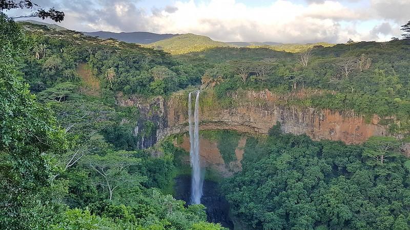 Short Guide to Mauritius - Chamarel Waterfall