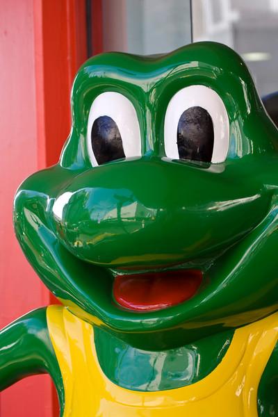 Senor Frog, my friend!