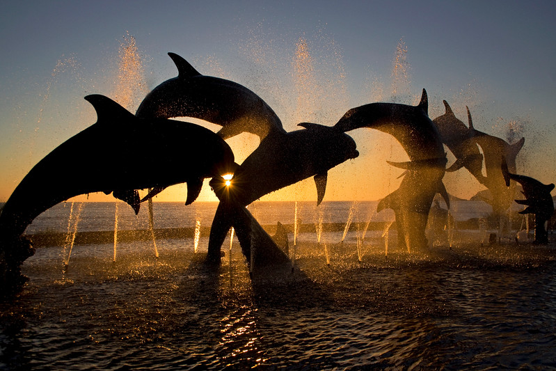 The Plummeting Mazatlan Sun<br /> A sculpture along the beach