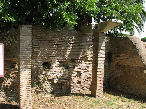 Jewish Synagogue in Osteo Antica