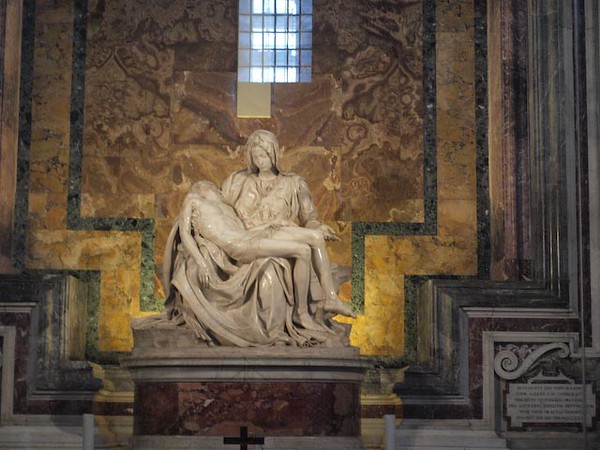 Michelangelo Pieta in St. Peters