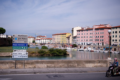 Part of the canal system that connects Livorno o Pisa